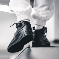 Обзор Nike Air Force 1 Mid 07 Black/Black/Black 315123-001